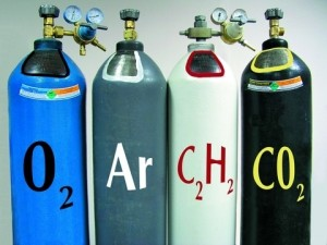 Gas in cylinders